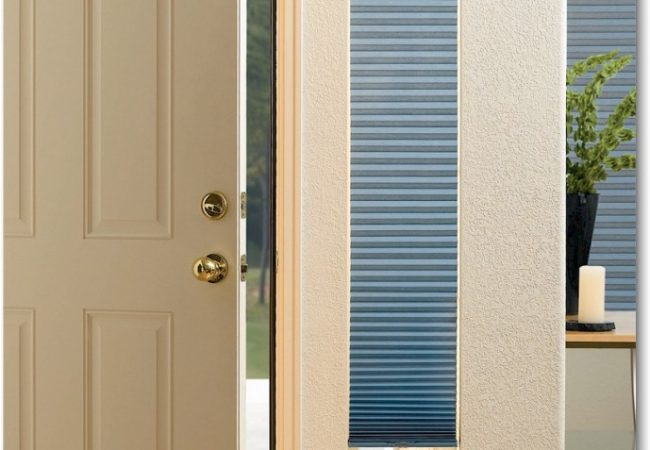 Hunter-Douglas_Cordless_Top-Down-Bottom-Up_Honeycomb_Cellular_Sidelight-689x1024