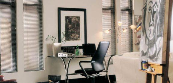aluminum-lightlines-office